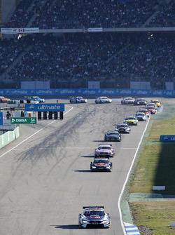 Tom Blomqvist, BMW Team RBM, BMW M4 DTM leads