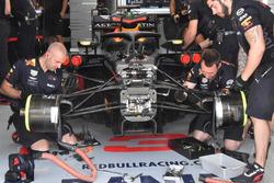 Vue détaillée de l'avant de la Red Bull Racing RB14