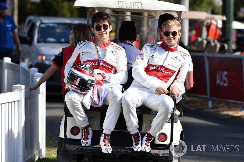 Гонщики Alfa Romeo Sauber F1 Team Шарль Леклер и Маркус Эрикссон