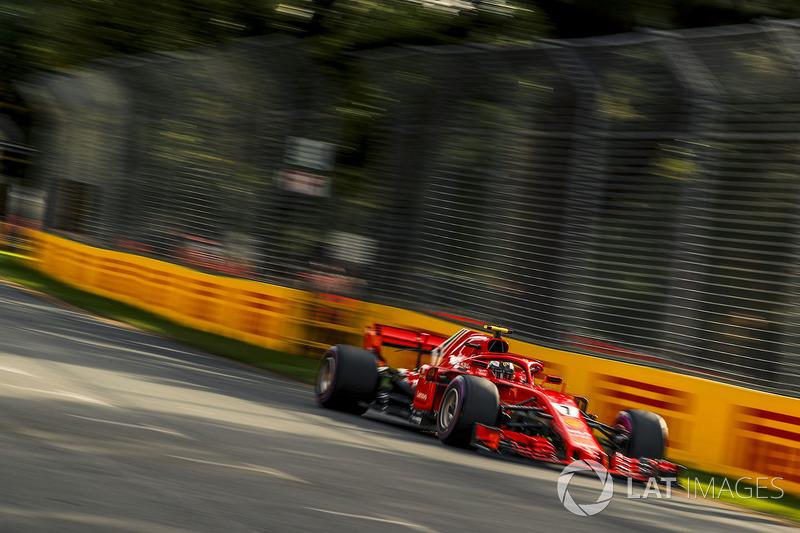 Kimi Raikkonen teve de se contentar com a segunda posição