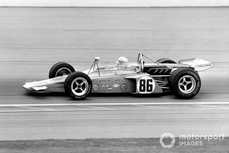 Peter Revson, McLaren M16-Offenhauser, 1971 Indianapolis 500.