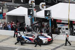 Pitstop, #25 BMW Team RLL BMW M8, GTLM: Bill Auberlen, Alexander Sims, Philipp Eng, Connor de Phillippi
