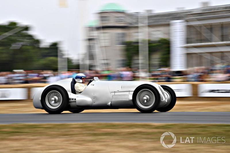 Martin Viessman, Mercedes-Benz W125 (68,64 detik)