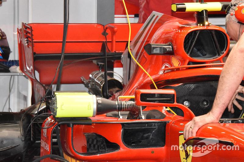 Como comparação, a asa traseira mais convencional da Ferrari já foi utilizada em 2018
