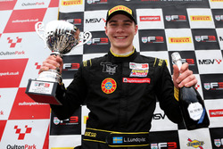 Podium: winnaar Linus Lundqvist, Double R