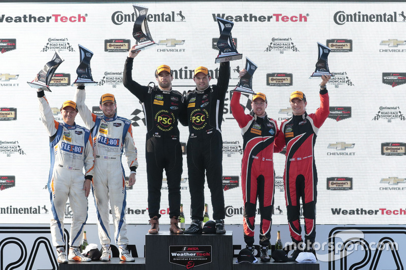 PC podium: Robert Alon, Tom Kimber-Smith, PR1 Mathiasen Motorsports, second place Jon Bennett, Colin