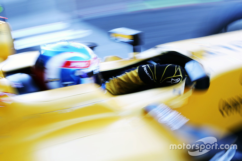 Jolyon Palmer, Renault Sport F1 Team RS16 lascia i box