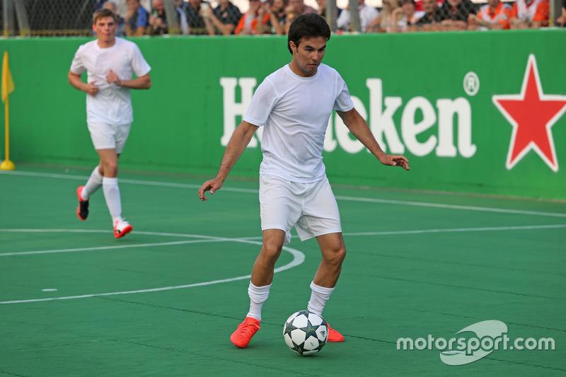 Sergio Perez, Sahara Force India beim Charity-Fussballspiel