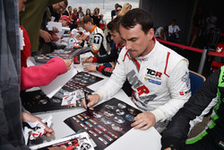 Autogrammstunde: Norbert Michelisz, M1RA, Honda Civic TCR