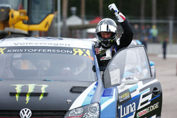 Победитель Йохан Кристофферссон, PSRX Volkswagen Sweden, VW Polo GTi