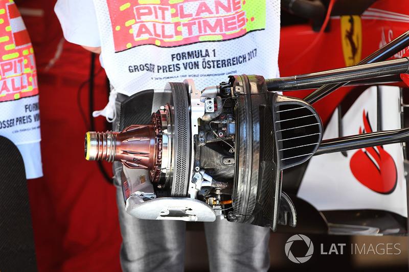 Ferrari SF70H: Vorderradbremse