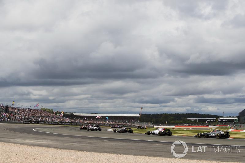 Felipe Massa, Williams FW40, Romain Grosjean, Haas F1 Team VF-17, Lance Stroll, Williams FW40
