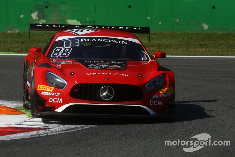 #88 Akka ASP, Mercedes-AMG GT3: Felix Serralles, Daniel Juncadella, Tristan Vautier