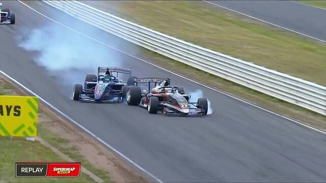 S5000: Tasmania - Race 3 Mawson and Golding collide