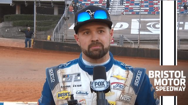 Stenhouse drives to second-place finish on Bristol dirt