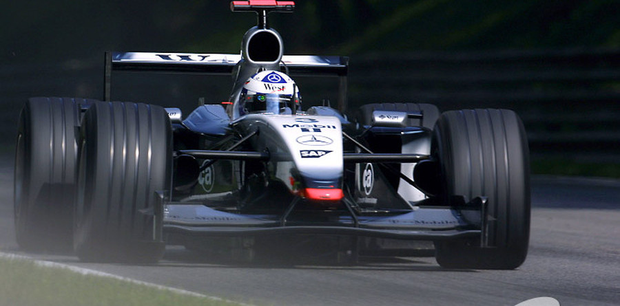 Coulthard takes to Czech circuit