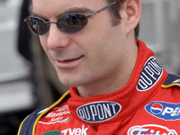 Jeff Gordon scores third career Martinsville pole