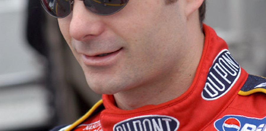Jeff Gordon scores third career Martinsville pole