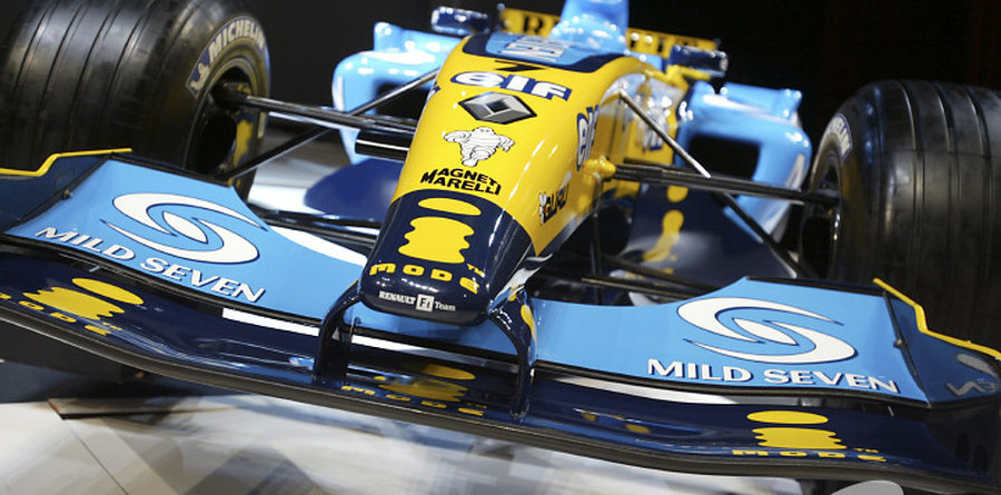 Renault launches R24 in Palermo