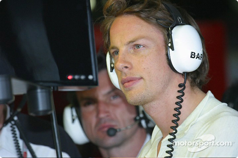 Button looks ahead to Bahrain