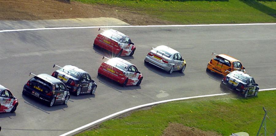 BTCC: Matt Neal is round 4 winner at Brands Hatch