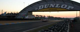 Le Mans Audis swap places as Short crashes