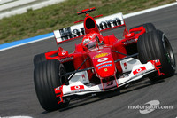 Ferrari sets pace in Hungarian GP first practice