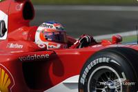Barrichello puts Ferrari on pole for Italian GP