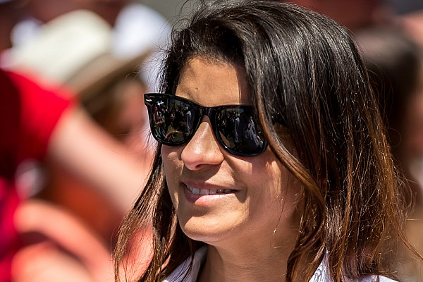 IndyCar Breaking news Leena Gade splits from Schmidt Peterson after five IndyCar races