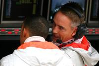 Drivers' market waits on McLaren decision