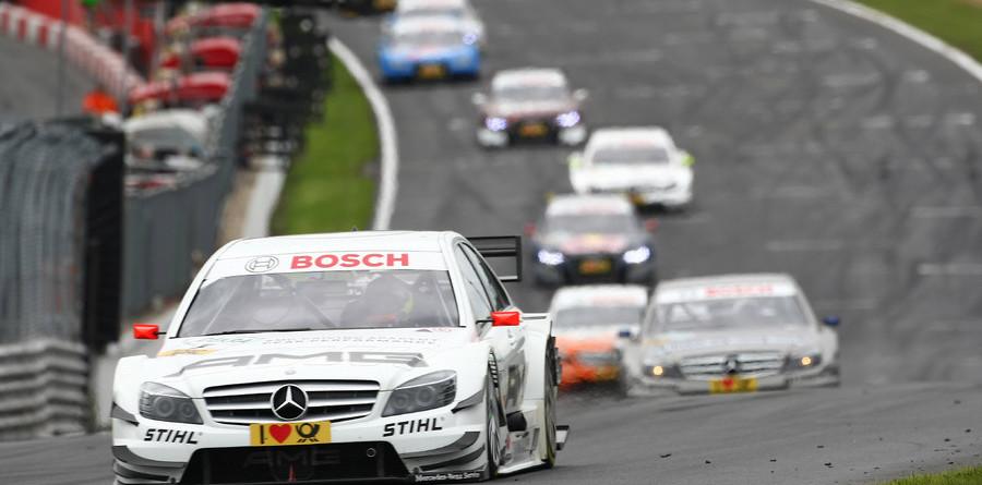 Di Resta cruises to first 2010 win at Brands Hatch