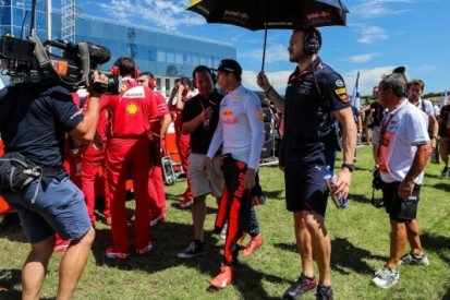 Verstappen sceptisch over nieuwe doelstelling Red Bull