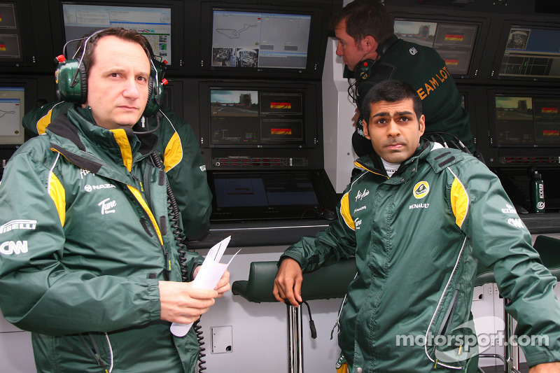 Chandhok Expects 'More Chances' In Lotus Car