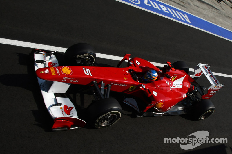Alonso warns Vettel to expect 'hard' racing