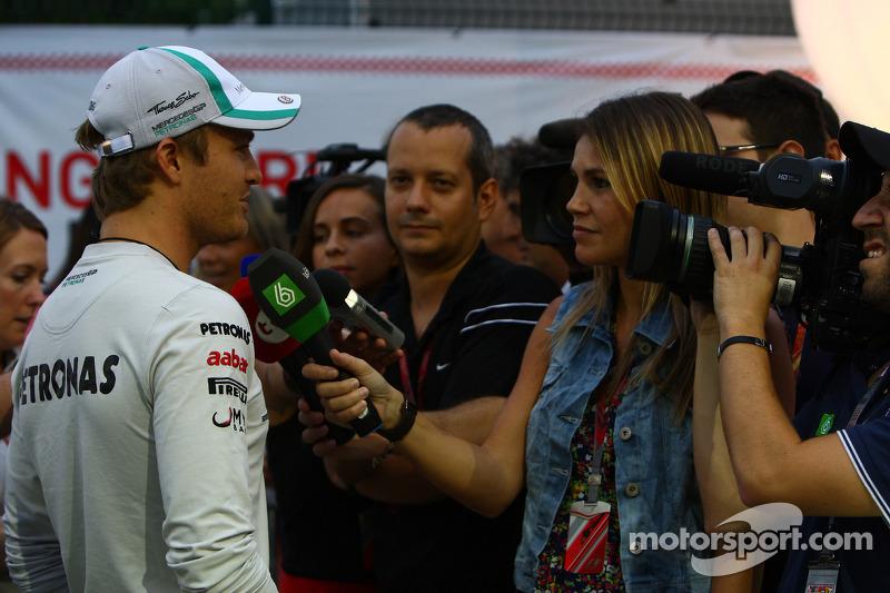 Mercedes Singapore GP Friday practice report
