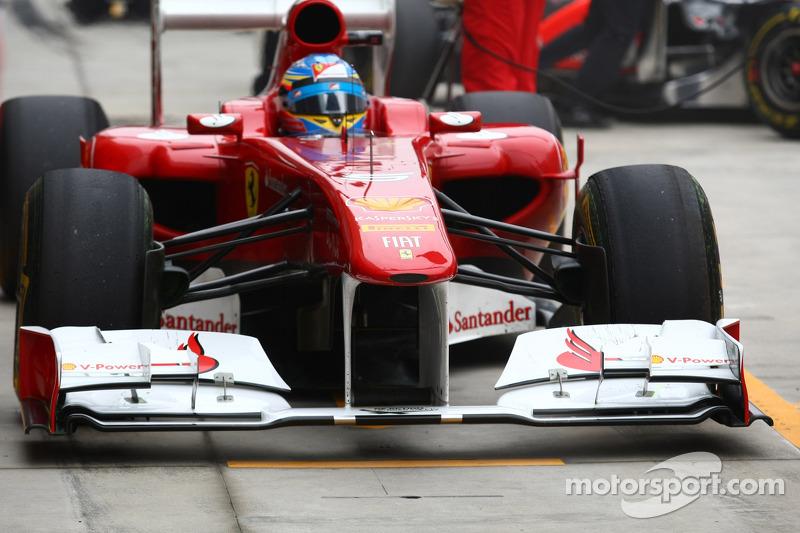 Red Bull lost front wing before Ferrari 'flutter'