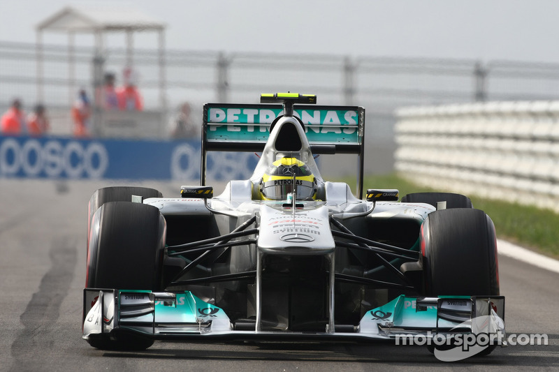 Mercedes GP and Nico Rosberg agree contract extension