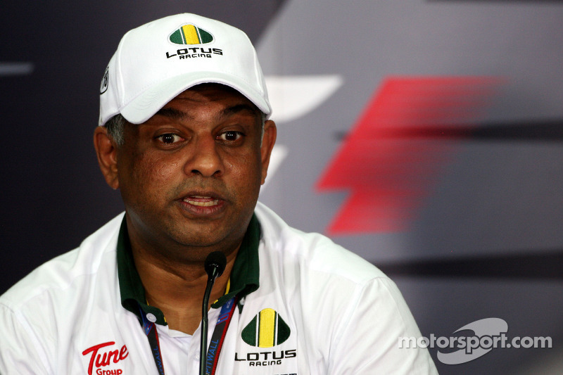 Team Lotus heading to Brazilian GP in good spirits