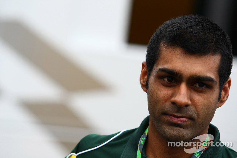 Chandhok to be paid in 2012 'for a change'
