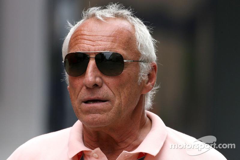 'Why not Webber' for 2012 title - Mateschitz