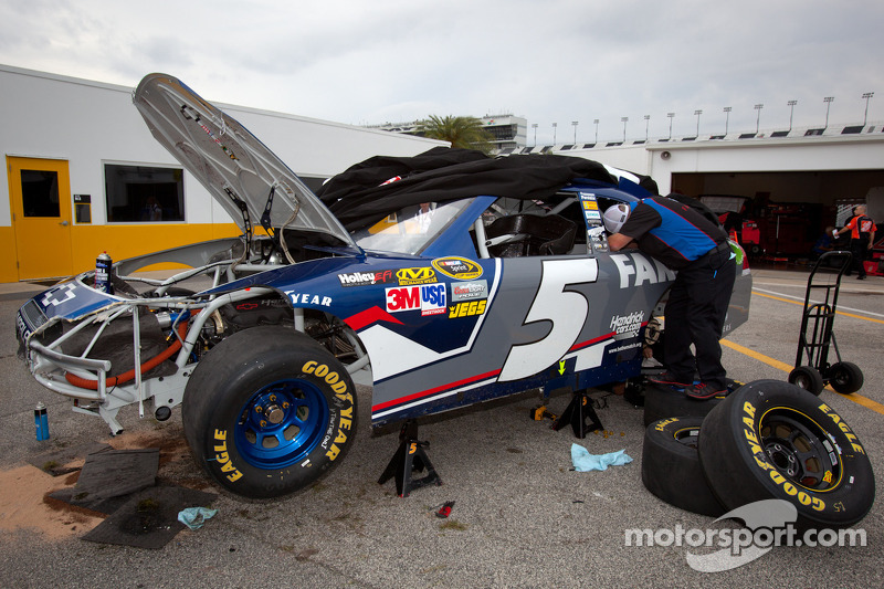 Kahne talks about his Daytona practice crash