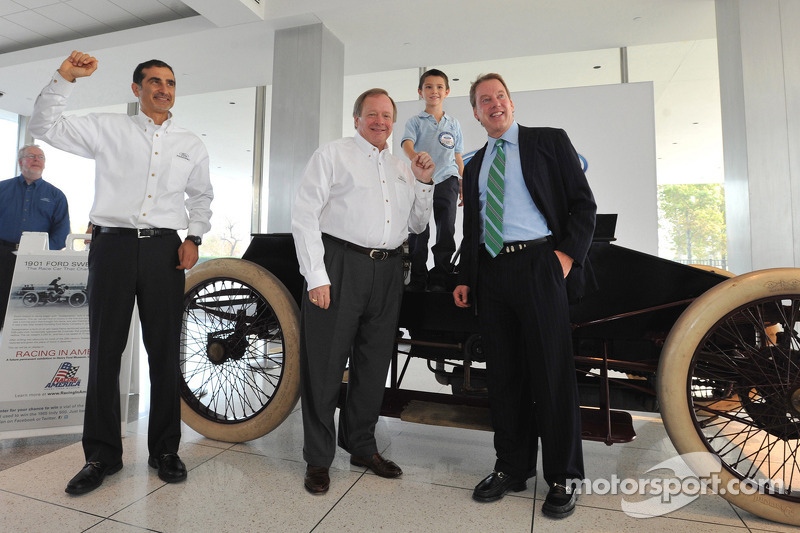 Ford Racing on 2013 partnership with Penske