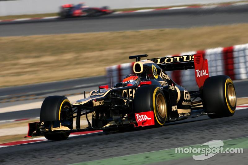 Grosjean again fastest on second day of Barcelona testing