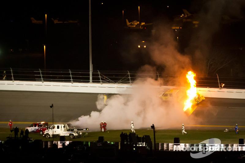 Blog:  Following Facebook followers: NASCAR vs F1