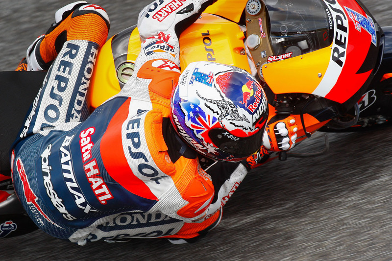 World Champion Casey Stoner to retire from MotoGP