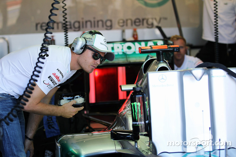 Rosberg and Schumacher hoped for more in Montreal qualifying