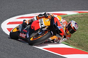 MotoGP Stoner leads the way in Silverstone free practice