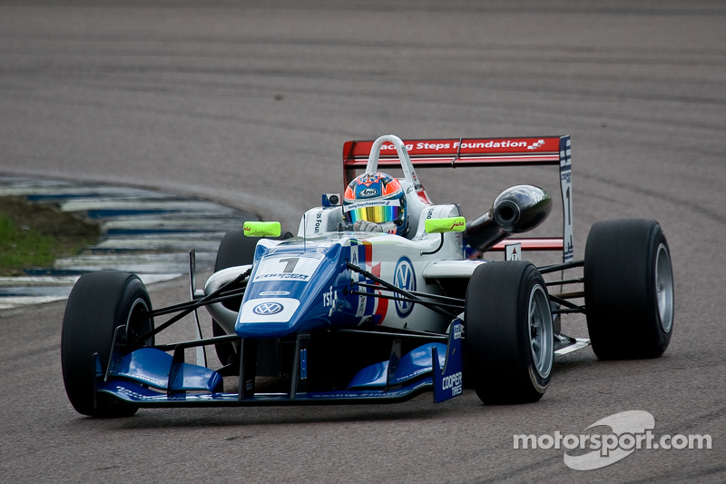 Carlin duo dominates Brands Hatch qualifying