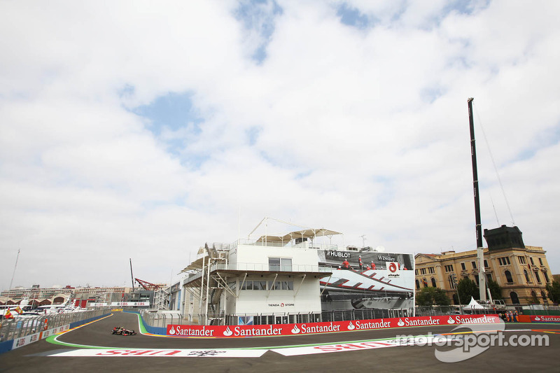 F1 race sharing 'only option' for Valencia