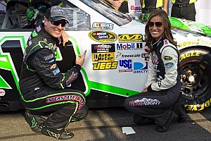 NASCAR Cup Qualifying report Kyle Busch leaves rivals behind as he takes Loudon pole
